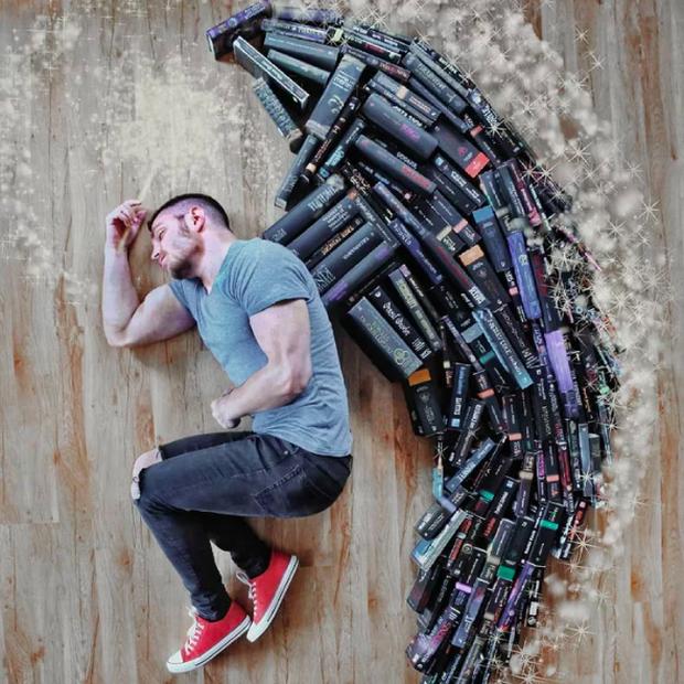 Chàng trai Mỹ biến cả tủ sách thành những khung cảnh giả tưởng trong phim khiến cả thế giới kinh ngạc - Ảnh 12. Chàng trai Mỹ biến cả tủ sách thành những khung cảnh giả tưởng trong phim