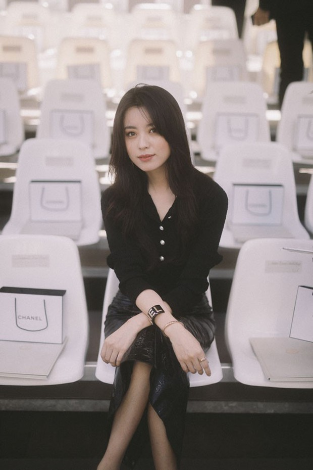 Han Hyo Joo tại Pháp nhan sắc đỉnh cao, thần thái như bà hoàng - Ảnh 3.