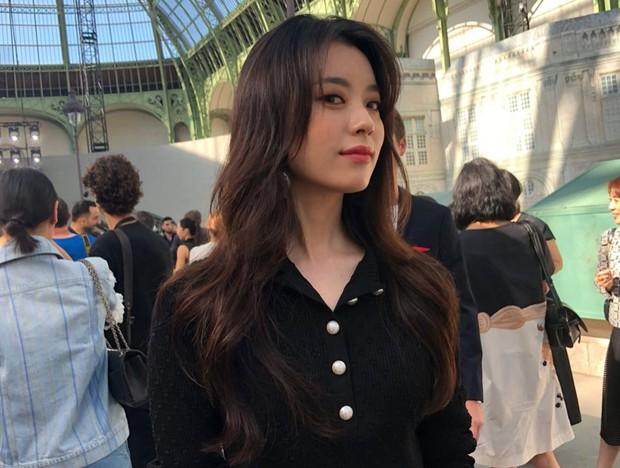 Han Hyo Joo tại Pháp nhan sắc đỉnh cao, thần thái như bà hoàng - Ảnh 8.