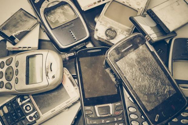 Đừng vứt điện thoại và laptop, chúng chứa nhiều vàng gấp 80 lần tỷ lệ tự nhiên trên thế giới đấy! - Ảnh 2.
