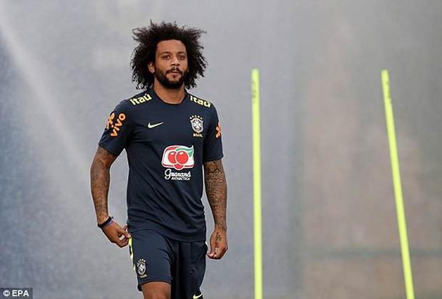 Dàn sao Brazil vui đùa trên sân tập trước trận đại chiến với Bỉ - Ảnh 3.
