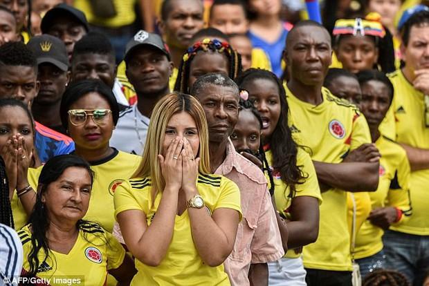Gần 200.000 CĐV Colombia ký tên yêu cầu FIFA cho đá lại trận gặp Anh - Ảnh 4.