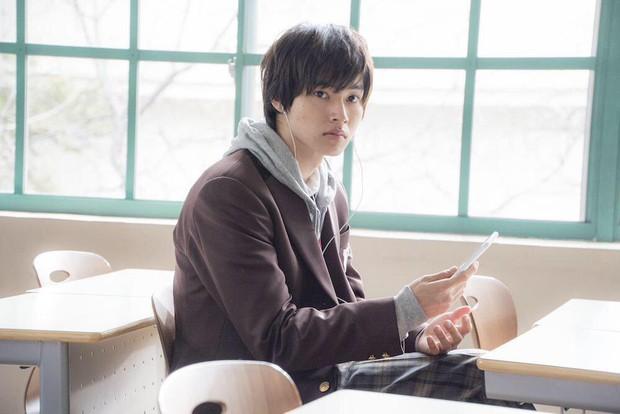 Có hot boy mặt đơ Yamazaki Kento, Good Doctor bản Nhật liệu có thành công như bản Hàn, Mỹ? - Ảnh 7.