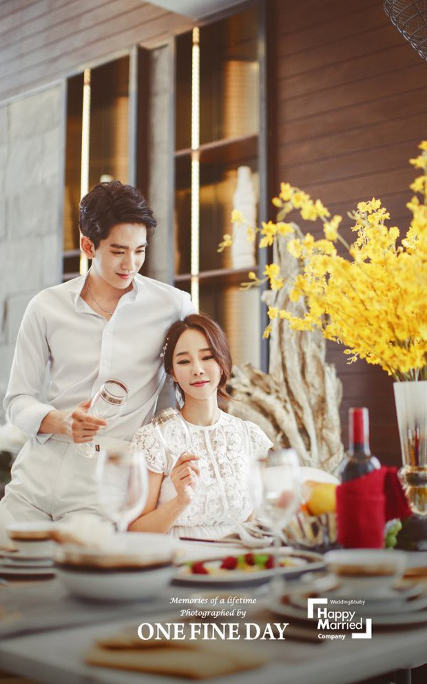 Cặp đôi nàng 46 chàng 29 ồn ào nhất showbiz Hàn khoe bộ ảnh cưới độc và lung linh như phim tại Hội An, Sài Gòn - Ảnh 11.