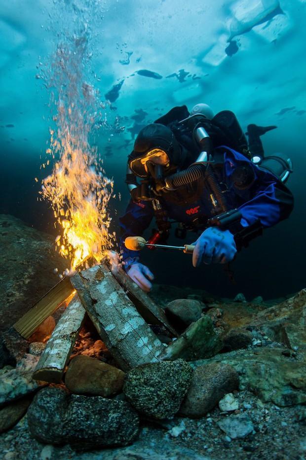 Những hình ảnh dưới nước đẹp đến nghẹt thở trong cuộc thi Underwater Photographer Of The Year 2018 - Ảnh 29.