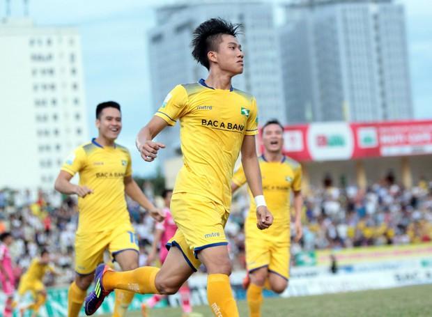 Phan Văn Đức ghi bàn thứ 9, lên xếp thứ 2 danh sách dội bom V.League - Ảnh 1.