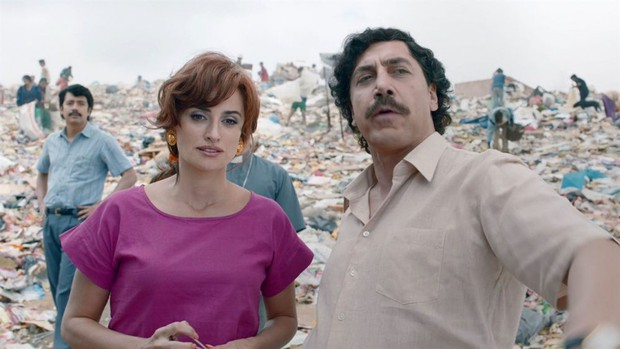 Chuyện tình của cặp vợ chồng quyền lực nhất Tây Ban Nha: Yêu thắm thiết từ phim ra đời thật - Ảnh 8.