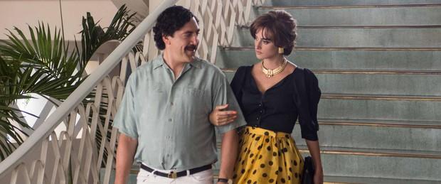 Chuyện tình của cặp vợ chồng quyền lực nhất Tây Ban Nha: Yêu thắm thiết từ phim ra đời thật - Ảnh 9.