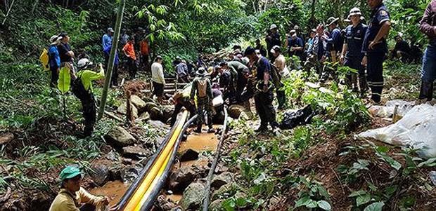 Thái Lan xác định thời gian giải cứu 12 cầu thủ nhí mắc kẹt trong hang - Ảnh 1.