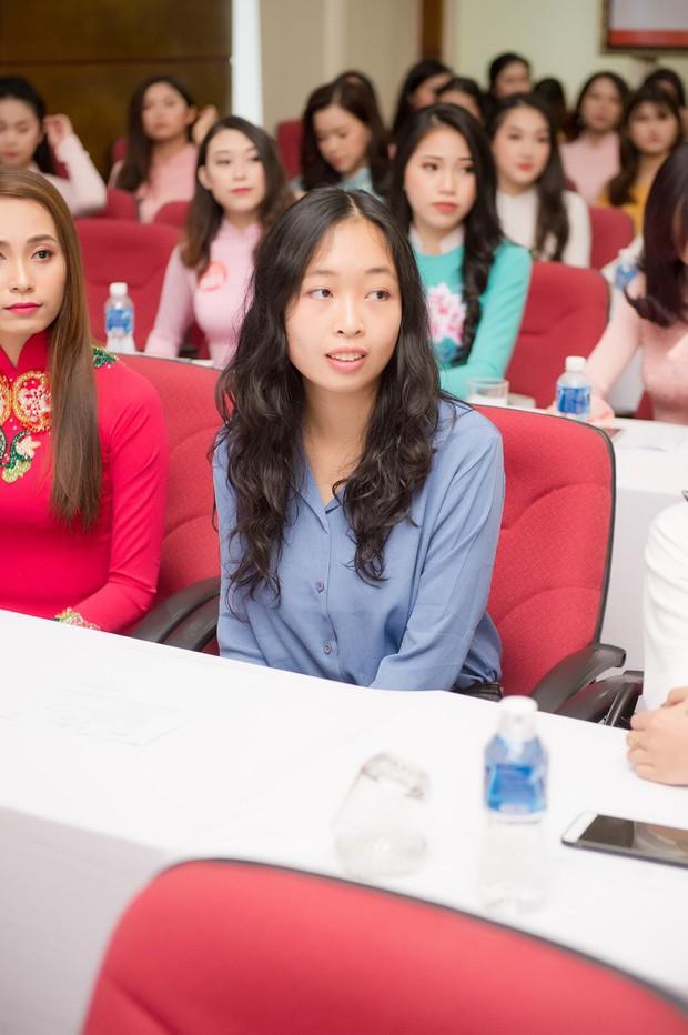 Nữ du học sinh Việt dự thi Hoa hậu Việt Nam 2018 là thạc sĩ tại Pháp, tiến sĩ Vật lý lượng tử tại Ý - Ảnh 1.