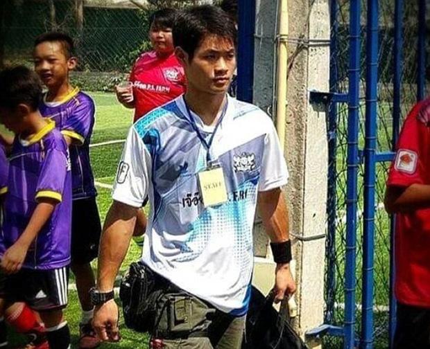 Chân dung và thông tin cụ thể của 12 cầu thủ và HLV đội bóng Thái Lan đang mắc kẹt trong hang - Ảnh 13.
