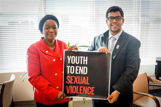 Lý lịch hào nhoáng của chủ tịch tổ chức chống xâm hại tình dục Mỹ vừa bị bắt vì lạm dụng tình dục trẻ em - Ảnh 3.