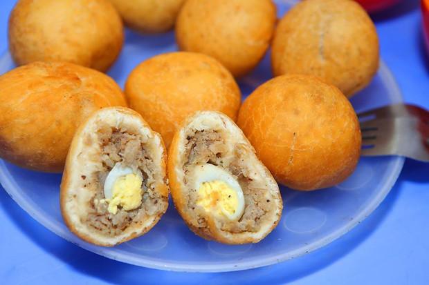 Xế chiều Sài Gòn lót dạ bằng mấy món bánh rẻ bèo chưa tới 10k này thì hay phải biết - Ảnh 1.