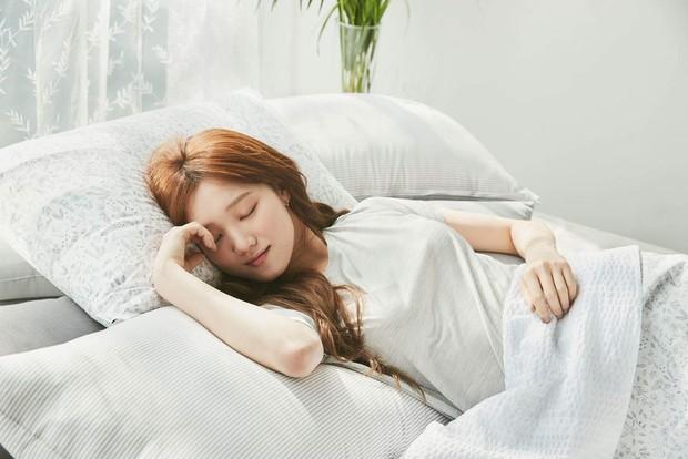 Lưu lại bí kíp giúp bạn có giấc ngủ trưa chuẩn xác để tỉnh táo hơn - Ảnh 1.