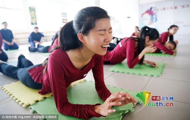 Sự khắc nghiệt đến đáng sợ bên trong những ngôi trường Nghệ thuật tại Trung Quốc - Ảnh 9.