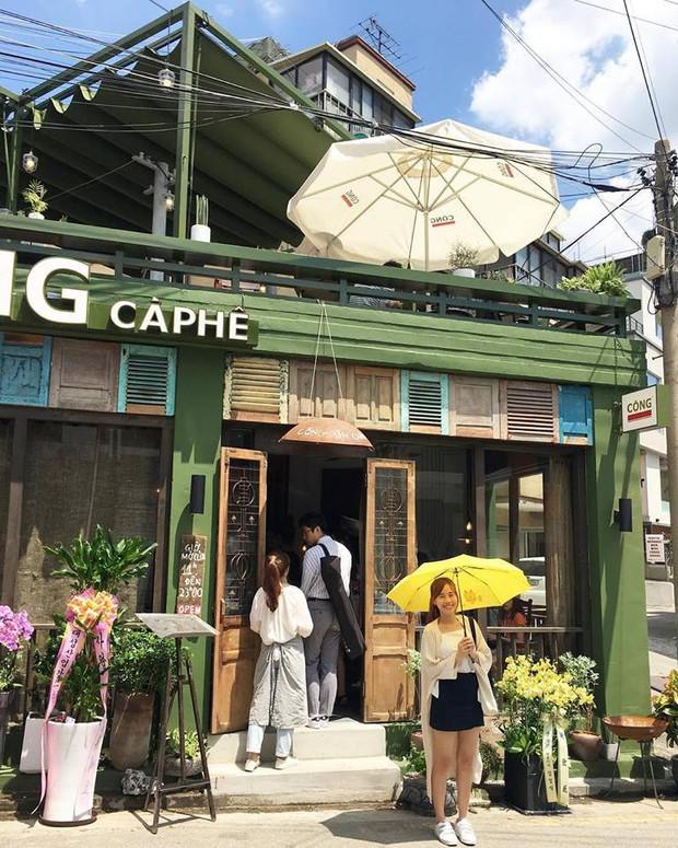 Cộng Cà phê trong ngày khai trương cửa hàng đầu tiên ở Hàn Quốc: Giới trẻ hào hứng xếp hàng dài chờ ghé thử - Ảnh 6.