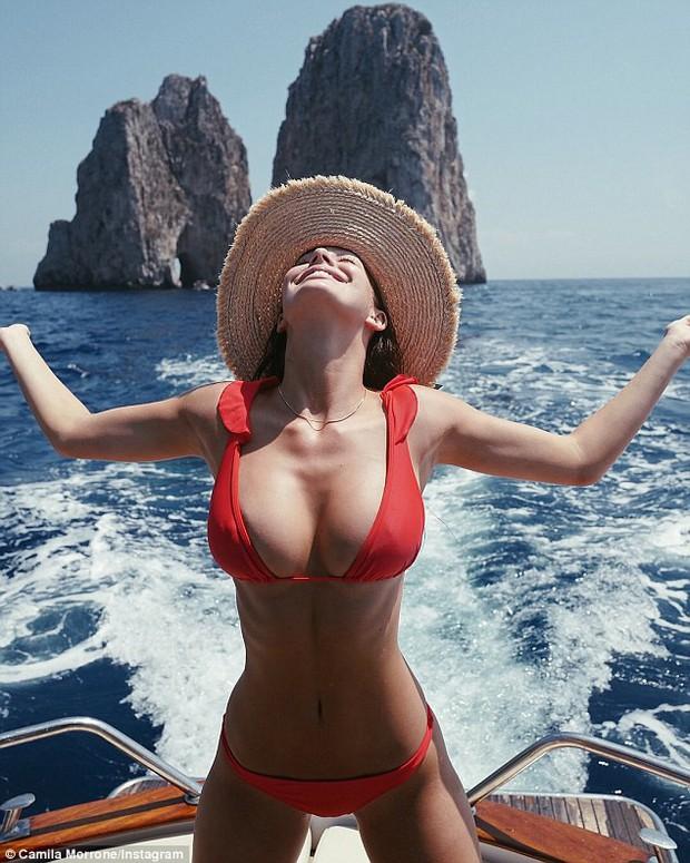 Bạn gái Leonardo DiCaprio làm ai nấy cũng trầm trồ vì đôi gò bồng đảo căng đầy - Ảnh 1.