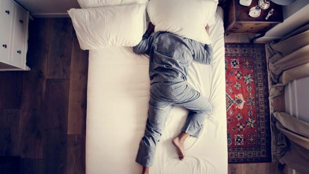 Khoa học xác định phương pháp cực hiệu quả để điều trị chứng mất ngủ - Ảnh 1.