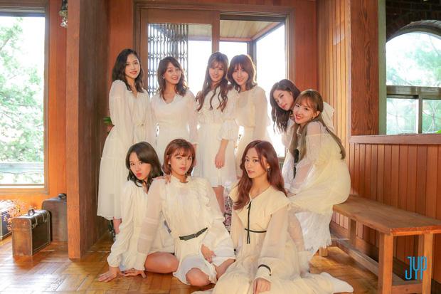 Black Pink đánh bật cả TWICE và Red Velvet, nhóm nữ sắp sang Việt Nam cũng lọt top đầu BXH girlgroup hot nhất - Ảnh 2.