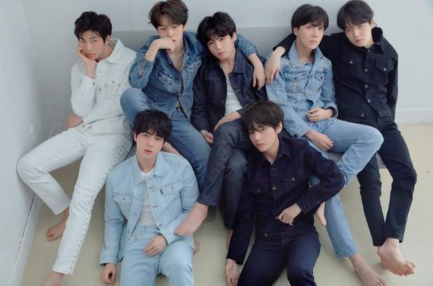 BTS, Wanna One chứng tỏ quyền lực, EXO lại rớt khỏi top 3 vì bị một đàn em vượt mặt trong BXH boygroup hot nhất - Ảnh 1.