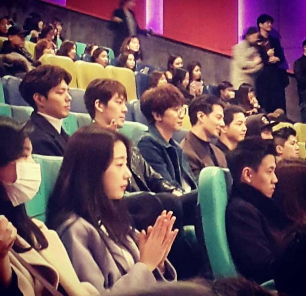 Kim Woo Bin và những hội bạn thân không thể quyền lực hơn: Toàn tài tử hạng A cực phẩm, chân dài tới nách - Ảnh 13.