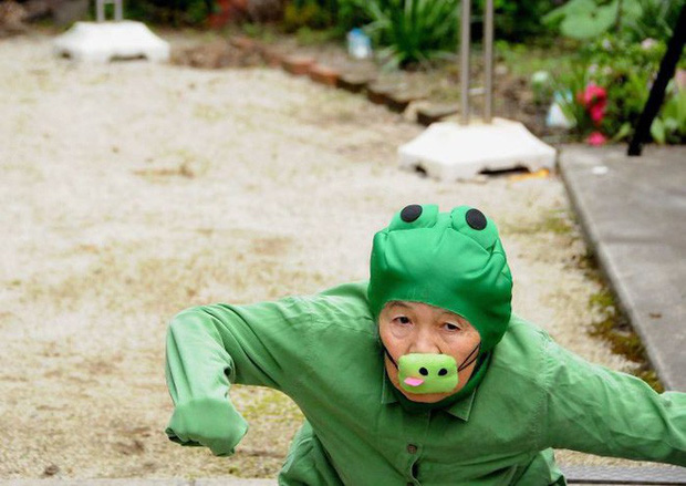 Cụ bà Nhật 90 tuổi tiếp tục chinh phục Internet bằng niềm vui sống mỗi ngày qua nhiếp ảnh - Ảnh 1.