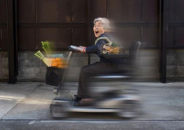 Cụ bà Nhật 90 tuổi tiếp tục chinh phục Internet bằng niềm vui sống mỗi ngày qua nhiếp ảnh - Ảnh 5.