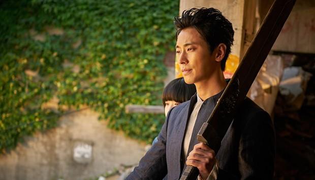 Thử Thách Thần Chết 2 trở thành phim quốc dân 10 triệu vé thứ 17 của Hàn Quốc - Ảnh 2.