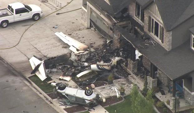 Mỹ: Cãi nhau với vợ, người đàn ông lái máy bay đâm thẳng vào nhà mình - Ảnh 4.