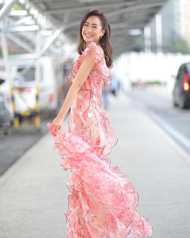 Đâu chỉ Hàn Quốc, showbiz Thái cũng có hội chị đẹp: Đã toàn mỹ nhân quyền lực và sang chảnh, lại còn chơi với nhau - Ảnh 8.