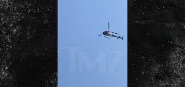 Hàng loạt xe cảnh sát và trực thăng kéo đến nhà Rihanna khi có chuông báo động, chuyện gì vừa xảy ra? - Ảnh 3.