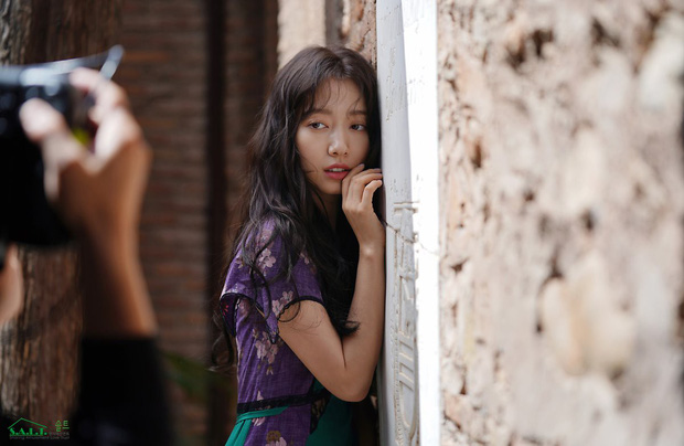 Lâu lắm mỹ nhân Người thừa kế Park Shin Hye mới sexy thế này, nhưng vòng 1 siêu khủng lại không cánh mà bay? - Ảnh 10.