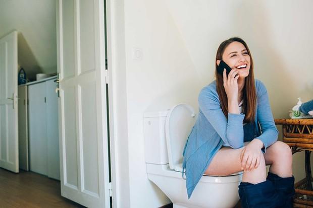 5 thói quen xấu gây ảnh hưởng nghiêm trọng đến vùng kín mà con gái thường hay mắc phải - Ảnh 1.