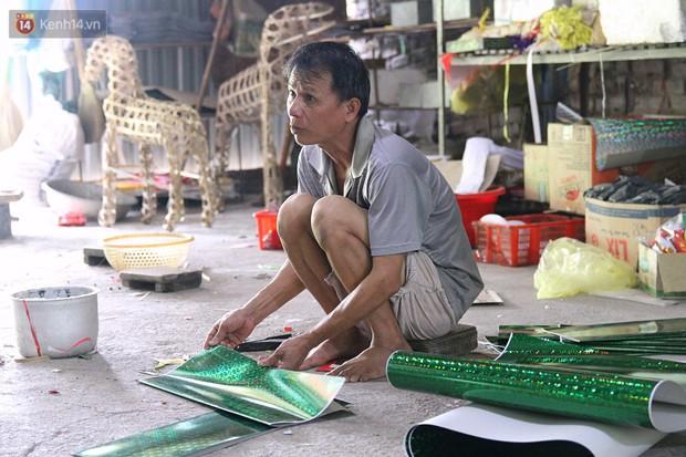 Thủ phủ vàng mã lớn nhất Hà Nội bán cô dâu, chú rể và cả osin cao cấp để đốt cho người cõi âm - Ảnh 5.