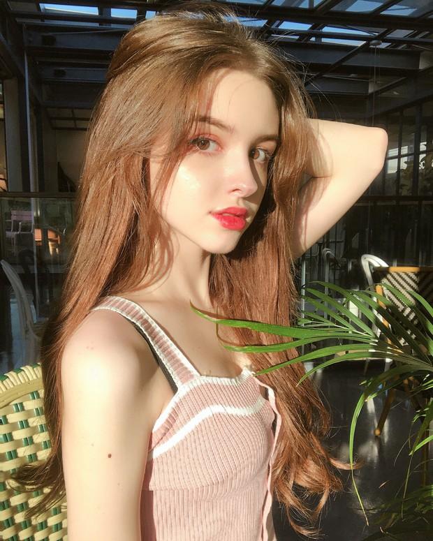 Ngất ngây với vẻ đẹp chuẩn búp bê của hot girl Uzbekistan 21 tuổi sống tại Hàn - Ảnh 5.