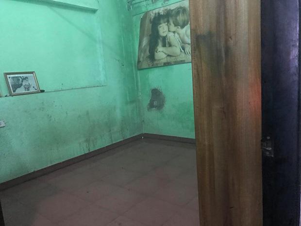 Người thân, hàng xóm khóc nghẹn trong lễ tang hai vợ chồng bị kẻ lạ sát hại trong đêm ở Hưng Yên - Ảnh 2.