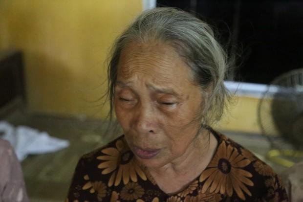 Người thân, hàng xóm khóc nghẹn trong lễ tang hai vợ chồng bị kẻ lạ sát hại trong đêm ở Hưng Yên - Ảnh 7.
