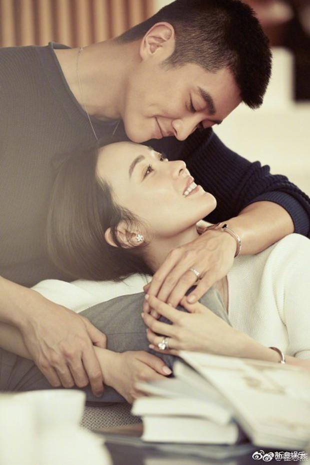 Ngày Thất Tịch: Các cặp đôi thi nhau khoe ảnh ngọt ngào, riêng Phạm Băng Băng - Lý Thần mất hút - Ảnh 3.