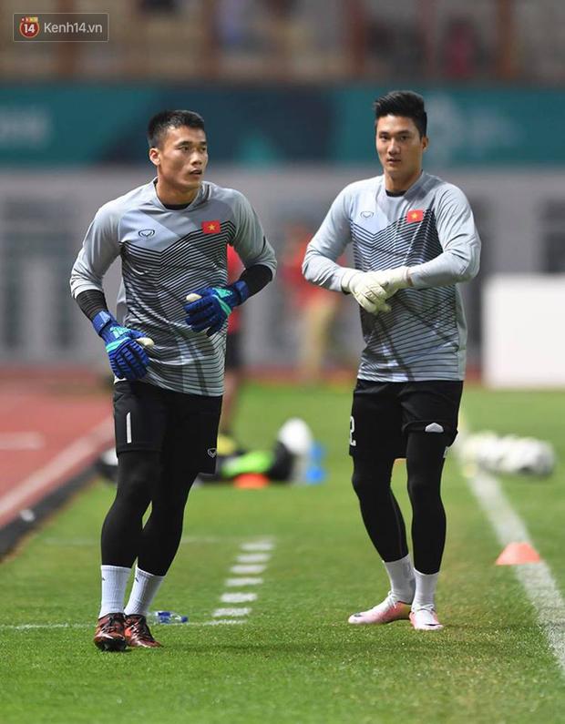 ASIAD 2018: HLV Park Hang Seo làm gì giúp cầu thủ Việt Nam thân thiết? - Ảnh 2.