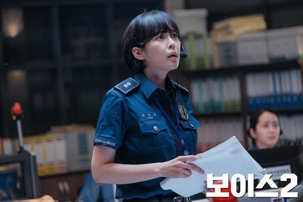 Siêu phẩm trinh thám Hàn Quốc Voice đã trở lại: Gay cấn và hack não hơn cả phần 1! - Ảnh 3.