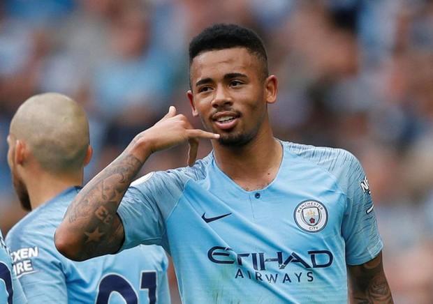 Man City trở lại ngôi đầu sau chiến thắng hủy diệt trước Huddersfield - Ảnh 3.