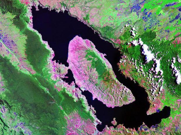 Giả thuyết rợn tóc gáy của vụ phun trào núi lửa Toba suýt chút nữa khiến nhân loại bị diệt vong - Ảnh 2.