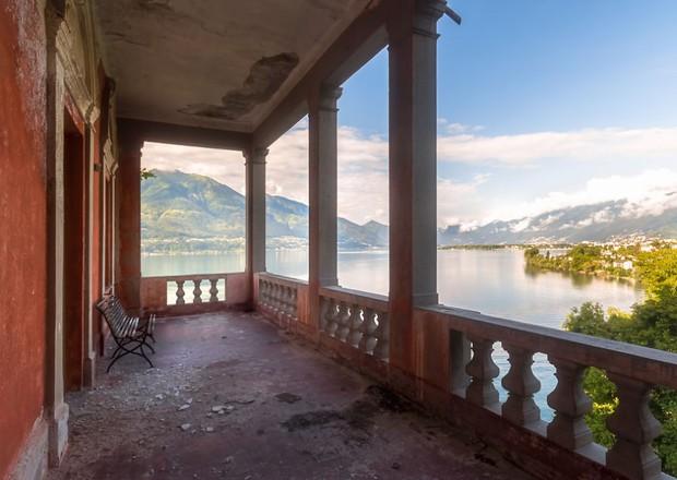 Cùng ngắm nhìn vẻ đẹp ma mị của 25 toà lâu đài và biệt thự bỏ hoang ở châu Âu - Ảnh 24.