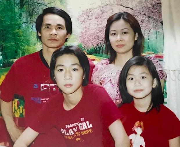 Ảnh ngày nhỏ của Ba Duy gây sốt vì vừa đẹp trai, vừa lãng tử như diễn viên Hongkong - Ảnh 5.
