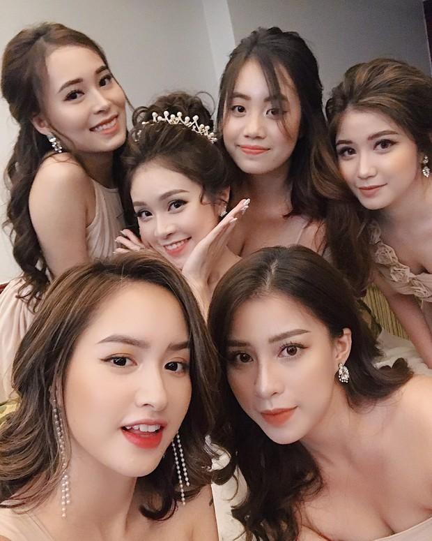 Loá mắt với biệt đội phù dâu toàn hot girl xinh đẹp có cả An Japan, Nguyễn Lê Vi - Ảnh 1.
