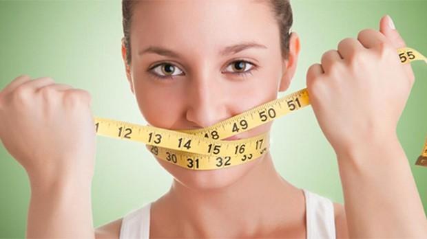 Hậu quả khôn lường khi nhịn ăn để giảm cân - Ảnh 1.