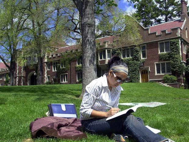 #TôiDuHọcMỹ: Không phải Harvard hay MIT đây mới là ngôi trường có sinh viên thông minh nhất nước Mỹ - Ảnh 3.