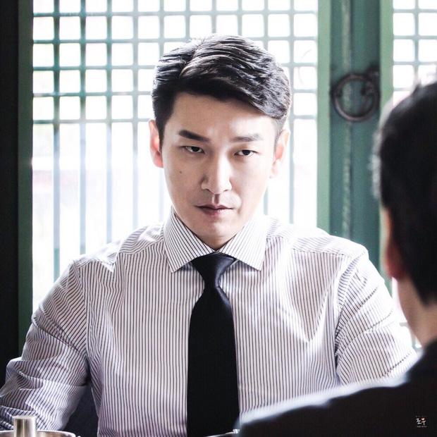Diễn viên Hàn con nhà nòi: Người thoát bóng cha mẹ, kẻ liên lụy scandal chấn động - Ảnh 4.