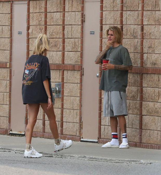 Tiết lộ lý do Justin Bieber và Hailey Baldwin bất ngờ vắng mặt ở lễ trao giải đình đám MTV VMAs - Ảnh 5.