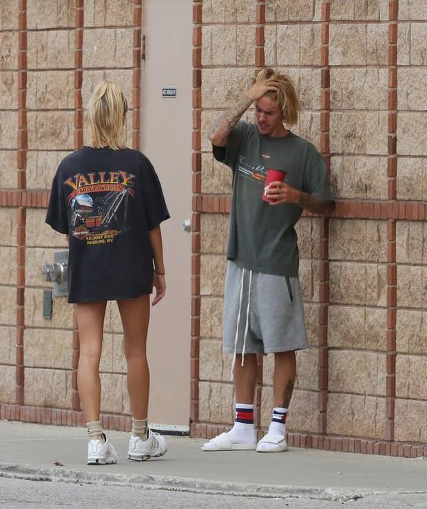 Tiết lộ lý do Justin Bieber và Hailey Baldwin bất ngờ vắng mặt ở lễ trao giải đình đám MTV VMAs - Ảnh 6.